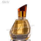 Bottiglia di profumo araba di cristallo con profumo orientale