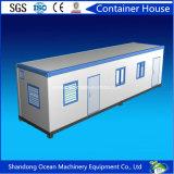 Casa prefabricada del envase del arreglo para requisitos particulares del edificio de la estructura de acero y del panel de emparedado