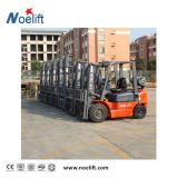 商品を扱うためのバランス重量のタイプ3000kgsによってLPG動力を与えられるフォークリフト