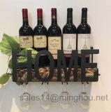 Crémaillère décorative de vin en métal de mot à la maison avec le support en verre