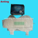 波の陰イオンチップ衛生パッドが付いている超薄く高い吸囚性の綿Topsheet