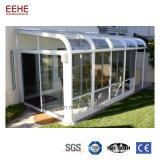 O Sunroom vitrificado de alumínio residencial do pátio aprecia a luz do sol