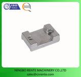 Подгонянные части CNC латунного металла OEM точности конструкции подвергая механической обработке поворачивая