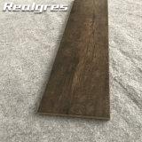 Bodenbelag-China-keramische im Freien hölzerne Fliesen