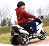 [فلش ليغت] جديات طفلة مزح عمليّة ركوب على لعبة درّاجة ناريّة