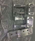 CNC que trabaja a máquina la pieza de metal de 3 del eje que muele piezas del CNC