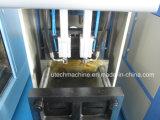 Halb automatisches Plastikhaustier füllt Blasformen-Maschine ab