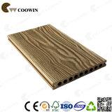 Suelo de madera plástico durable impermeable del tablón del resbalón anti