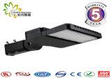 Luz de rua aprovada do diodo emissor de luz do diodo emissor de luz Shoebox 100W do UL Dlc ETL do FCC de RoHS do Ce com 5 anos de garantia