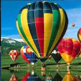 La elección del color globo de aire caliente para hacer turismo de la competencia vuelo Viaje de Bodas