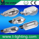 Genres de CFL de matériau avec la route de tension de lampe haloïde en métal allumant la série extérieure de Zd-B de réverbère