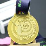 試供品の習慣は記念品のギフトの金属の連続したメダルを浮彫りにする