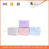 Sacchi di carta su ordinazione di alta qualità del fiore di disegno di Fency con la maniglia