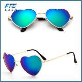 La moda al por mayor gafas de sol Gafas de sol en forma de corazón