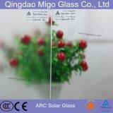 Nivel bajo de hierro modelado templado del panel solar Ar Coated Glass Fotovoltaica