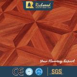 Aparelhos electrodomésticos HDF AC3 Woodgrain laminado com ranhuras em V soalho de madeira