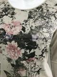 熱い訓練の女性のための首のTシャツのあたりで印刷される花