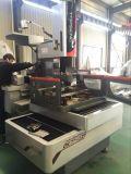 高精度の単一の切断CNCワイヤーEDM機械