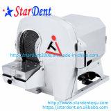 Chevêtre modèle dentaire de matériel de laboratoire avec le disque de diamant