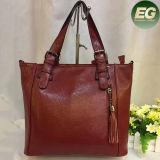 Sac à main en gros de femmes de cuir véritable de sacs d'emballage de mode avec les glands Emg4824