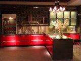Moderner MDF-Vorstand-roter Lack-Küche-Schrank