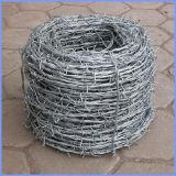 Revestimento de alta qualidade cerca de arame farpado em GUANGZHOU