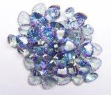 마술 파란 색깔 신비한 석영은 원석을 푼다