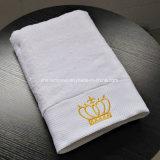 Commerce de gros hôtel 100% coton Serviette de bain avec broderie logo