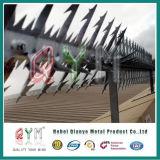 Горячие окунутые гальванизированные анти- спайки стены акулы подъема/спайк бритвы
