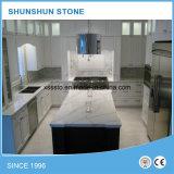 Partie supérieure du comptoir bon marché en pierre blanches artificielles de Calacatta pour la maison