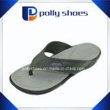 Cadute di vibrazione piane dei sandali di usura casuale di massaggio degli uomini