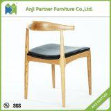 北欧様式の現代レストランの椅子の木の食事の椅子(Anastasia)