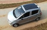 Un veicolo elettrico economizzatore d'energia solare delle 4 rotelle