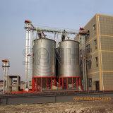 Silo de armazenagem de casca de arroz em fábrica do Moinho