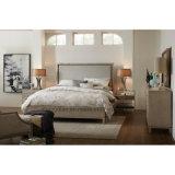 現代デザインホテルの部屋の家具は寝室セットを包む