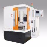 Macchina di CNC che programma la macchina per tornire di CNC delle macchine utensili di CNC