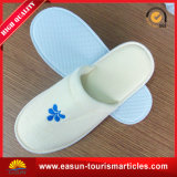 Disposable Hotel Slippers with Custom Embroidery Logo for Men and Women