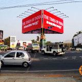 Cara tres que hace publicidad del marco al aire libre de la visualización del proyector de la cartelera