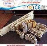 Chaîne de production chaude de panneau de plafond de PVC de vente (sj65/132)