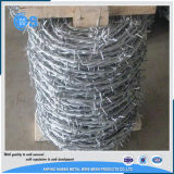 中国の工場12*12ゲージによって電流を通される有刺鉄線
