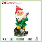 Statua bella di Gnome del giardino di Polyresin con una zappa per la decorazione domestica ed esterna
