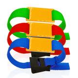バックルを押すことを用いる心地よい低周波RFIDのナイロンリスト・ストラップ