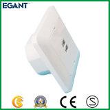 Prise murale blanche du modèle classique USB pour Equippments électronique