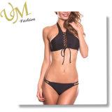 Schwarze modische Sport-Art-hoher Stutzen-Bikini mit Doppelt-Zeichenkette Unterseite