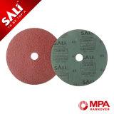 酸化アルミニウムからなされる紙やすりディスク