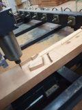 машина CNC гравировального станка 3D деревянная работая
