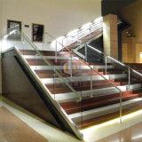 Le bâtiment commercial escalier en verre LED balustrade/ clôture en acier