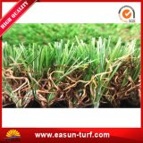 庭およびホームのための紫外線抵抗力がある総合的な草の偽造品の芝生のマット