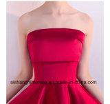 Alineadas rojas de la dama de honor del satén de la longitud simple sin mangas sin tirantes del té