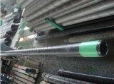 AISI 304 Geperforeerd die Gat 10mm de Pijp van het Omhulsel van de Groef in het Ontwateren van de Kuil van de Stichting wordt gebruikt